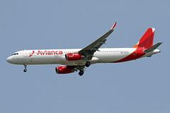 A321.N747AV (Airliners) Tags: avianca aviancacolombia aviancacentralamerica 321 a321 airbus airbus321 airbusa321 iad n747av 81918