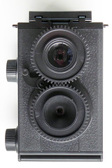 Haynes Manual Classic Camera Kit (pho-Tony) Tags: photosofcameras toycameras classiccameradiytlr haynes manual classic camera haynesmanualclassiccamera haynesmanual kit plastic toy novelty 35mm receskytlrdiycamera recesky tlr diy gakkenflex