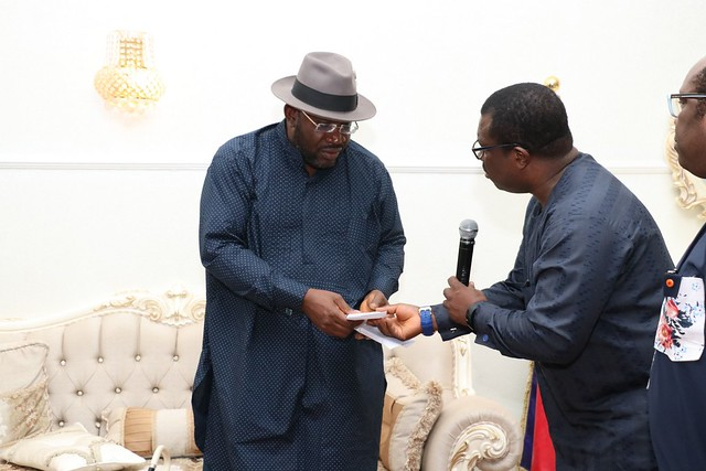 HSDickson- Condolence visit to His Excellency by Apostle Zilly Aggrey.29th August 2018