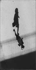 * (PattyK.) Tags: nikond3100 ioannina giannena giannina epirus ipiros balkans hellas ellada europe europeanunion βαλκάνια ελλάδα ήπειροσ ιωάννινα snapseed shadow running σκιά child monochrome blackandwhite