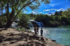 The last days of summer, baths and games (Peideluo) Tags: people paisaje ruidera nikon 2018 water tree sky nature lagunas gente agua árbol cielo