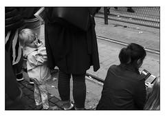 Fingrar (MilosHortagaard) Tags: fujifilmxt20 fujinonxf35f2 gothenburg sweden streetphotography