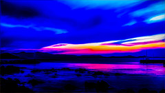0888TST4 Lightplay on Naxos (foxxyg2) Tags: sky sea colour lightplay harbour port chora naxos cyclades greece greekislands islandhopping islandlife aegean sunset light topaz topazsoftware topazstudio topazsimplify