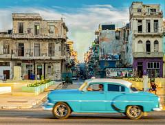 Havana Age (TablinumCarlson) Tags: amerika america karibik caribbean sea gulf mexico atlantic ocean cuba republic antilles havanna havana habana vieja old oldtimer car auto street photography kuba summicron leica m m240 farben colours colors fassade facade malecon malecón 50mm blue blau