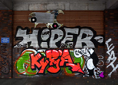 HH-Graffiti 3764 (cmdpirx) Tags: hamburg germany graffiti spray can street art hiphop reclaim your city aerosol paint colour mural piece throwup bombing painting fatcap style character chari farbe spraydose crew kru artist outline wallporn train benching panel wholecar