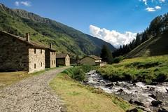 Località Case di Viso, Italia (Prilla 4.0) Tags: casediviso italia italy mountain montagna paesaggio landscape river fiume canonpowershotsx540hs valle valley
