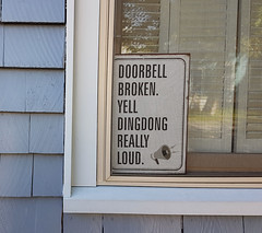 Yell Dingdong Really Loud (Coastal Elite) Tags: halifax novascotia doorbell broken yell dingdong really loud funny sign amusing humor humour window house home ding dong