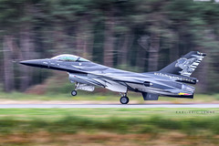 """Another wonderful experience to go at th Belgian Air Force days 2018 in Kleine Brogel Air Base. Here is the amazing and violent Belgian Solo Display """"Dark Falcon"""" piloted by Vador.   EBBL   09/09/2018 (Karl-Eric Lenne) Tags: fa101 belgian f16 kleinebrogel ebbl dafdays bafdays belgianairforcedays2018 panning filé landin lockheedmartin lockheedmartinf16"""