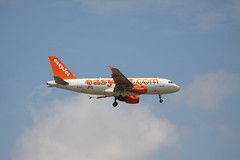 OE-LQZ Airbus A319-111 of Easyjet at Stansted (Ian Press Photography) Tags: airbus a319111 easyjet stansted plane aircraft air flight fly transport planes jet airline airliner oelqz a319 319