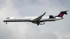 Bombardier CRJ-705 C-FBJZ Air Canada Express (William Musculus) Tags: yvr cyvr vancouver international airport spotting richmond britishcolumbia canada ca cfbjz air express bombardier crj705 cl6002d15 canadair regional jet crj900 qk jza ac aca william musculus