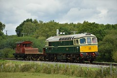 Crompton Enginners (Jordon Skinner) Tags: swanage railway class 33 d6515 trundles across nordon common with an engineers train crompton enginners