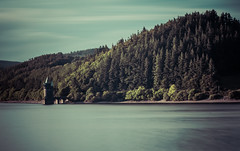 30 seconds at Vyrnwy.. (Emma Yeardley) Tags: landscape longexposure slowshutter nikon d7500 wales lakevyrnwy valley beautiful trees woodland water lake landscapephotography le