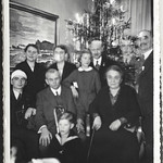 Album A 21 Weihnachtsfoto, 1930er thumbnail