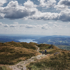Keep on walking (grobigrobsen) Tags: unitedkingom greatbritain england northengland cumbria lakedistrict nabscar windermere hiking landscape outdoor walking travel