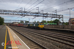 Almost all in view (CS:BG Photography) Tags: tamworth tam westcoastmainline wcml class66 shed freightliner intermodal 66564