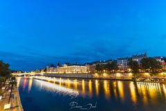 La Seine - PARIS (Damien Menil) Tags: canon 750d samyang 10mm night nuit sunset soleil coucher paris seine pose longue conciergerie lumière