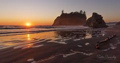 Sunset at Ruby Beach (Olympic NP, WA) (Sveta Imnadze) Tags: nature landscape seascape sunset pacificocean rubybeach olympicpeninsula olympicnp wa seastacks