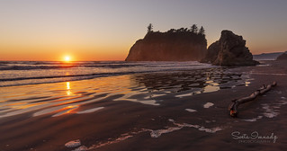 Sunset at Ruby Beach (Olympic NP, WA)