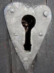 keyhole (helena.e) Tags: helenae semester norrland husbil motorhome älsa rv sommar summer keyhole nyckelhål gammelstadskyrkstad luleå kyrka church