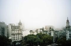img353 (Buenos Aires loucoporanalogicas) Tags: olympus mju kodak porta 160 buenos aires