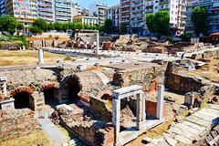 Thessaloniki: Roman Forum I (ARKNTINA) Tags: thessaloniki thessalonikigreece greece gr18 europe eur18 random6 city building architecture urban romanforum romanruins ruins archaeology archaeologicalsite ancientruins