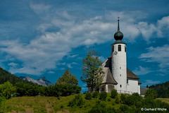 OBERBAYERN - Alpenstrasse (GerWi) Tags: kirchen alpenstrasse baustil himmel wolken clouds sky oberbayern sonya7 landschaft