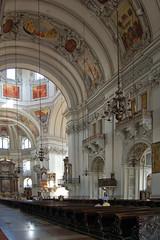 Salzburg - Altstadt (71) - Dom - Innenansichten - Kirchenschiff