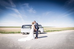 Wedding day (sebastienloppin) Tags: 6dmarkii canon landscape blue bleu sky field champ ciel volkswagen amour couple mariage wedding love