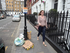 Bulstrode Street. 20180822T16-23-20Z (fitzrovialitter) Tags: peterfoster fitzrovialitter city camden westminster streets rubbish litter dumping flytipping trash garbage urban street environment london fitzrovia streetphotography documentary authenticstreet reportage photojournalism editorial captureone olympusem1markii mzuiko 1240mmpro microfourthirds mft m43 μ43 μft geotagged oitrack exiftool linearresponse girl candid portrait streetportrait