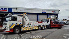 CA02TOW Recovering A 4 Car, Car Transporter (JAMES2039) Tags: volvo fm12 ca02tow tow towtruck truck lorry wrecker heavy underlift heavyunderlift 6wheeler 4wheeler frontsuspend flatbed iveco cardiff rescue breakdown ask askrecovery recovery car transporter eurocargo euro cargo