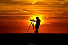 DSC07397-2a (ZANDVOORTfoto.nl) Tags: zandvoort zandvoortfoto edwin keur sunset sunsets zonasondergang beach beachlife strand zon sun camera sky skies