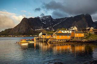 In the early morning on Lofoten Islands / Sakrisøy