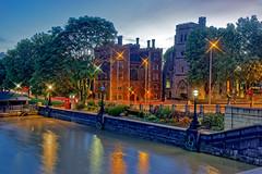 Lambeth Palace (Geoff Henson) Tags: palace archbishop churchofengland building historical river water reflection lights sky cloud daybreak dawn sunrise road footpath pathway tree