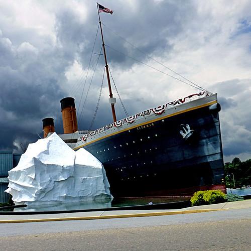 Titanic Park - Tennesse