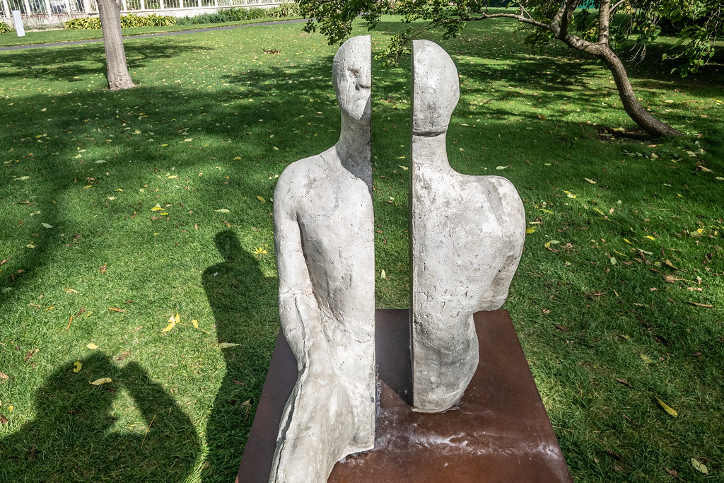 SAME SAME DIFFERENT BY BRIAN SYNNOTT [CATALOGUE REF 142 - SCULPTURE IN CONTEXT 2018]-144685