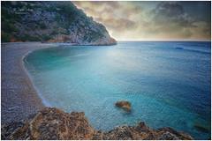 (425/18) Blue (Pablo Arias) Tags: pabloarias photoshop ps capturendx españa photomatix nubes cielo agua mar mediterráneo roca bahía acantilado playa costa paisaje granadella javea alicante