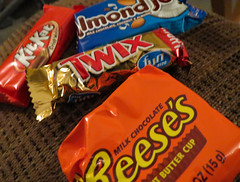 Candy Variety. (dccradio) Tags: lumberton nc northcarolina robesoncounty indoor indoors inside chocolate candy kitkat almondjoy twix reesespeanutbuttercup reeses canon powershot elph520hs coconut almond wafers candybar food eat snack junkfood sweet treat