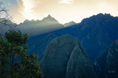 2018 Sunrise over Urubamba (jeho75) Tags: sony ilce 7m2 zeiss peru südamerika south america anden machu picchu sunrise sonnenaufgang beams rays sun sonnenstrahlen morgen morgenlicht morning light landscape landschaft