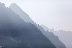 Alpine relief (StephAnna :-)) Tags: aiguilleverte aiguilledudru alpen berge chamonix dunst france frankreich gebirge landschaft licht schatten alpes brume laflégère light lumière mist montagne mountains ombre ombres profil shadow shadows chamonixmontblanc auvergnerhônealpes fr