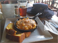 New Westminster Pub Lunch BC18h07 LG (CanadaGood) Tags: canada bc britishcolumbia newwestminster pub lunch hat food beer canadagood 2018 thisdecade color colour cameraphone