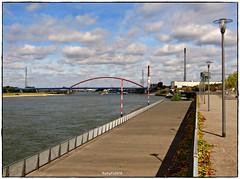 Rheinpark Duisburg Hochfeld (rasafo66) Tags: duisburg nordrheinwestfalen nrw deutschland rhein ruhrgebiet rhine germany canonsx260 wolken clouds rheinparkduisburg