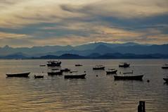 prá sempre em meu coração... (Ruby Ferreira ®) Tags: fishermen boats ripples montains bay baía layers pescadores sky silhuetas silhouettes