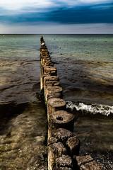 Buhne - Groyne 2 (cgruenberg) Tags: buhne groyne zingst ostsee baltic sea sommer meer wellen waves urlaub