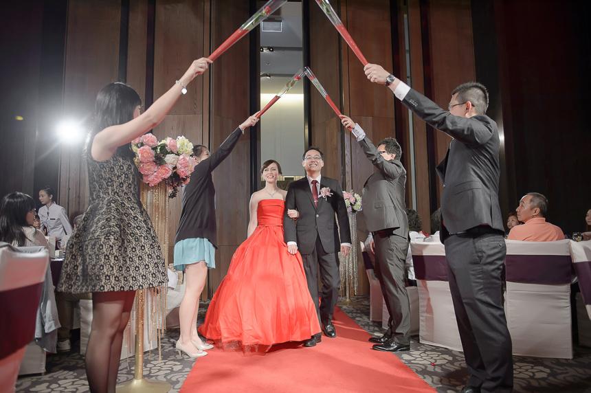 29293081537 283b292360 o 超high婚禮進場方式與小遊戲!讓你的婚禮絕不冷場~