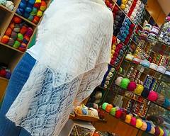 Για τις πρώτες ψύχρες.  Μα και για τις επόμενες ❤ (sifis) Tags: knitting knit sakalak athens greece shawl yarn art