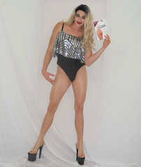 I'm all about the (queen.catch) Tags: pantyhose transgender catchqueen youtuber nylons legsfordays trannyheels pleasershoes drag dragrace silver wig sissy makeup shemale ladyboy