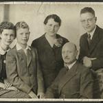 Album A 4 Familienfoto, 1930er thumbnail