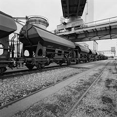 Hafen_Wuerzburg9 (JK-SW) Tags: wuerzburg bavaria bayern unterfranken main hafen industrie black white 6x6 hasselblad 903 swc