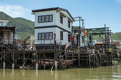 Water Living (syf22) Tags: fishing village stilt wooden house living accommodation home water watercourse building tanka community fisher structure