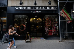 Fujifilm Wonder Photo Shop (dangaken) Tags: ny nyc newyorkcity newyorknewyork newyorkny bigapple empirestate city urban eastcoast september2018 september manhattan midtownmanhattan upperwestside downtown